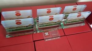 Sản xuất cung cấp quà tặng bằng Kính tại Đà Nẵng (3)