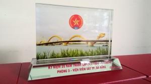 Sản xuất cung cấp quà tặng bằng Kính tại Đà Nẵng (4)